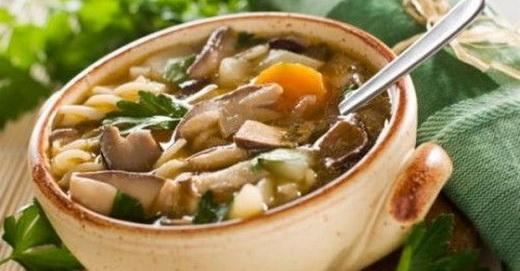 Грибной суп с грибами зонтиками