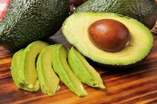 Польза авокадо выращенного из косточки