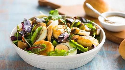Летний салат с моховиками