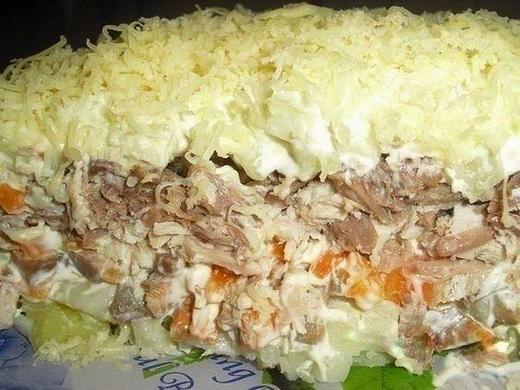 Салат с сыроежками